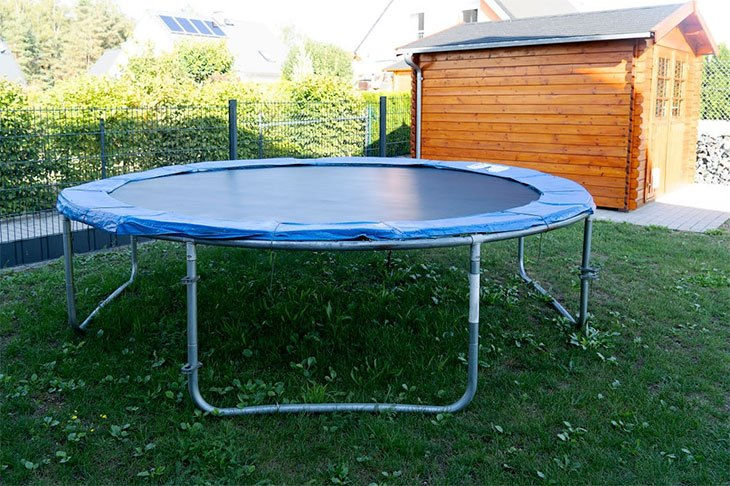 best time to buy springfree trampoline