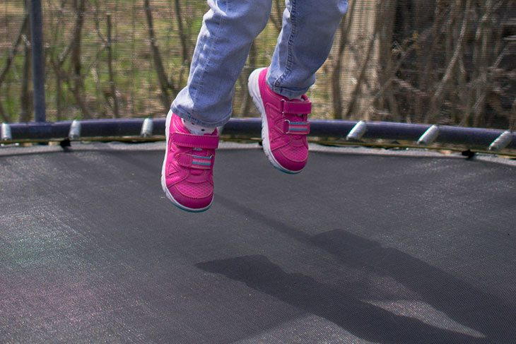 how to measure a trampoline net