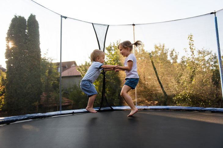 how to measure a trampoline mat